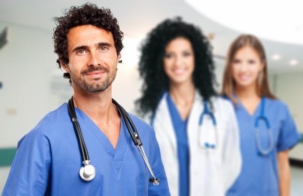 4_Ways_to_Use_Local_Universities_to_Help_Recruit_Your_Next_Nurse-453243-edited.jpg